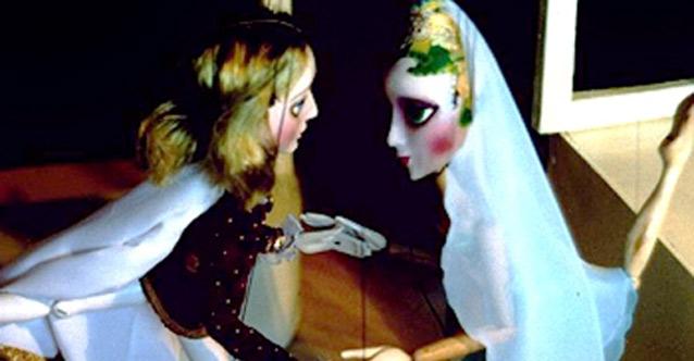"""""""Двете принецси""""-куклен спектакъл за деца"""